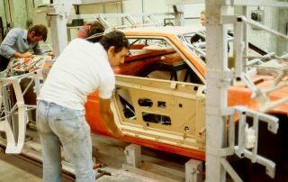 BMW M1 - Produktion, überprüfen der Türpassungen