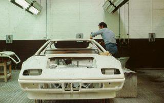 BMW M1 - Produktion, Lackierdurchlauf bei Ital Design - finishing